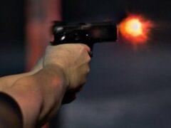 Стрельба в Подмосковье: Двоих мужчин ранили в электричке