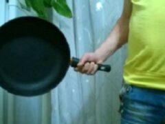 18-летний кстовчанин убил отца своей девушки сковородой