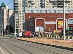 В Петербурге эвакуировали гипермаркет из-за звонка о бомбе