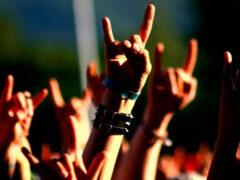 Ученые рассказали, какая музыка помогает бороться с депрессией