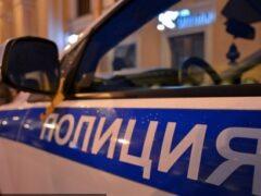 В Петербурге трое бандитов ограбили бизнесмена на Курляндской улице