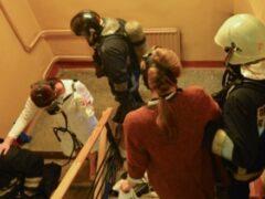 В Петербурге из-за пожара в квартире на улице Куйбышева эвакуировали 16 человек