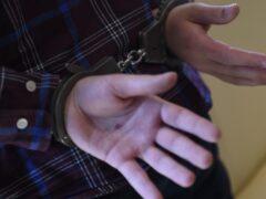 Мужчина полтора месяца прятал тело жены за домом в Ленобласти