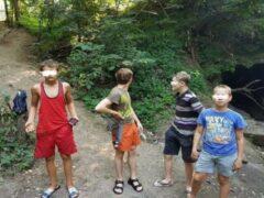 В Таганроге пять детей угодили в канализационный коллектор
