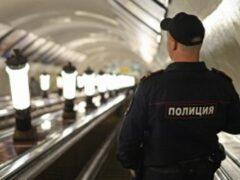 В Москве полиция вернула мужчине забытую в метро сумку с 4 млн рублей