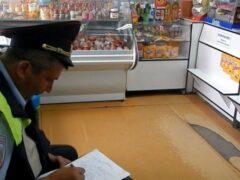Житель Славгорода напал на продавца магазина и похитил выручку