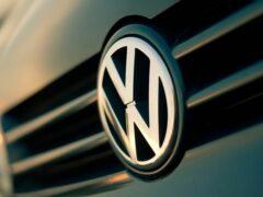 Названы цены на новый Volkswagen Passat 2020