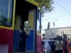 Грузовик врезался в трамвай во Владикавказе