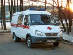 Буйный пациент избил врачей скорой за отказ «подбросить» до больницы