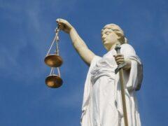 Адвокаты бывшего вице-губернатора Петербурга Марата Оганесяна нашли ошибку в суде