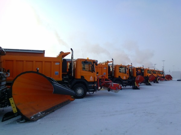техника уборка снега