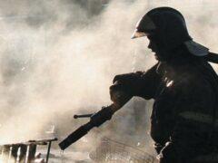 В Отрадном из горящей квартиры спасли трёх человек
