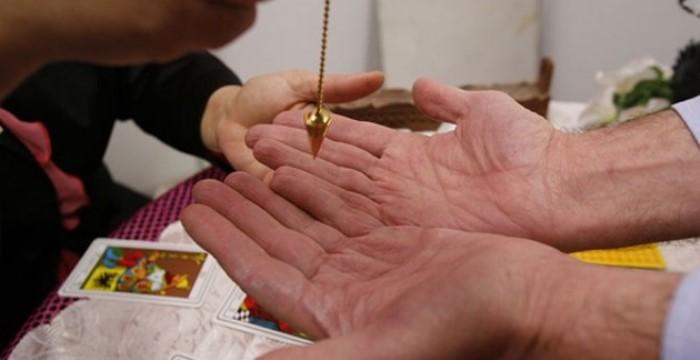 порча золото мошенница