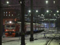 В Петербурге машинист электрички спас жизнь девушки, успев затормозить