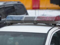 В Астрахани неуправляемое авто с мертвым водителем протаранило столб