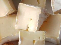 18-летний житель Краснодара украл из ресторана выпивку и два кило сыра