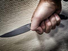 Мужчина с ножом в руках напал на офис микрозаймов в Новосибирске
