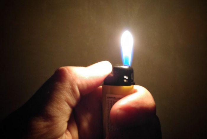 __огонь зажигалка