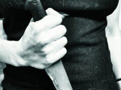 Нетрезвая калининградка ударила ножом своего сожителя