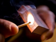 В Котовском районе пенсионер едва не спалил заживо свою супругу