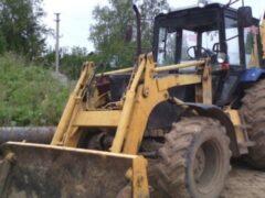 Житель Воронежской области угнал экскаватор и завяз на нем в грязи