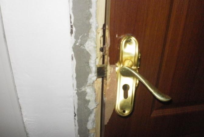 дверь взлом