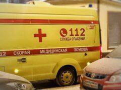В Волгограде машина сбила мужчину и врезалась в столб