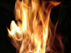На Западном в Ростове сгорел легковой автомобиль