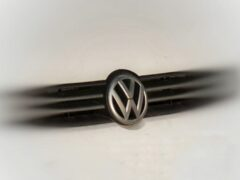 Самый большой внедорожник от Volkswagen замечен на тестах