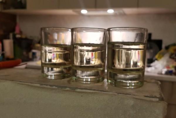 __алкоголь, водка, стаканы