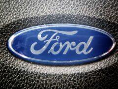 Обновленный Ford Taurus готовится к выходу на рынок