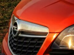 Opel возобновит выпуск автомобилей в России уже летом этого года