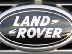Миллиардеру не понравился новый Land Rover Defender и он выпустит свой