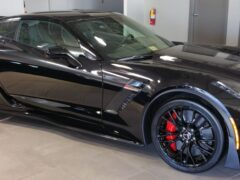 На заводе Chevy выпущен последний экземпляр Corvette С7