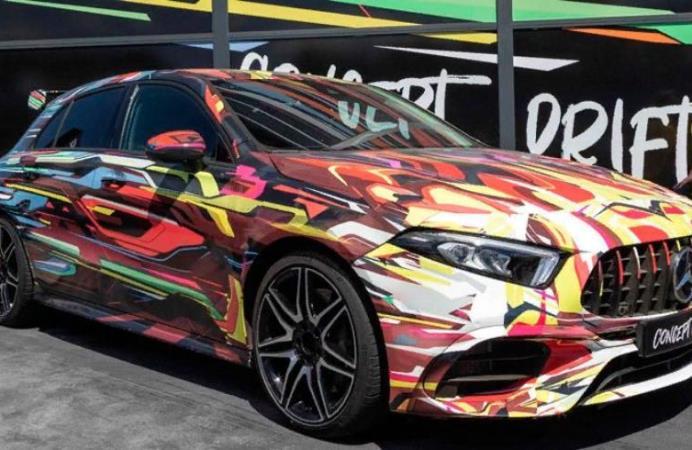 Mercedes разноцветный