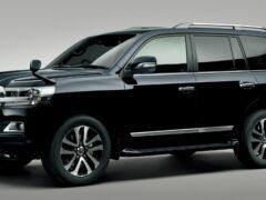 Toyota слегка обновила Land Cruiser 200