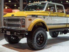 В США продают отреставрированный Chevrolet С50 Crew Cab 1972 года
