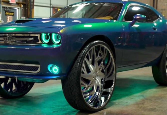 Dodge Challenge на 34-дюймовых колесах