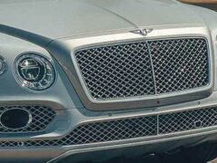 Bentley Bentayga Hybrid появится в конце этого года