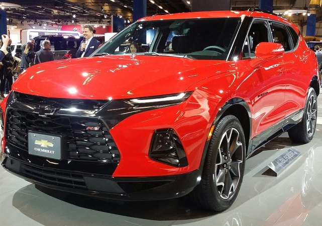Chevrolet Blazer семиместный