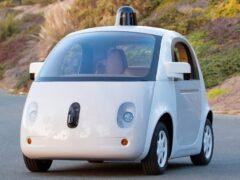 «Будь готов! Всегда готов!»: как россияне относятся к беспилотным авто