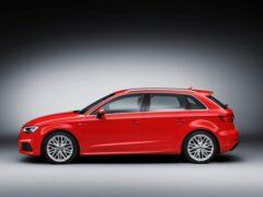 В Сети появились шпионские фото Audi A3 нового поколения
