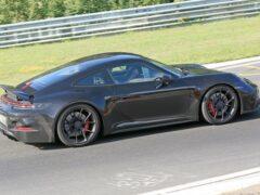 На Нюрбургринге замечен прототип Porsche 911 GT3 Touring 2020