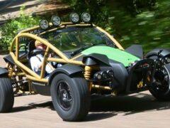 Внедорожник Ariel Nomad превратили в брутальный электромобиль