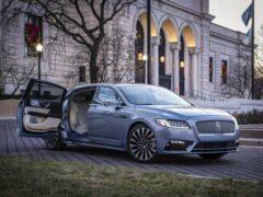 Седан Lincoln Continental получил спецверсию с «суицидальными» дверями