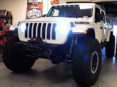 Представлен Jeep Gladiator с 40-дюймовыми колесами