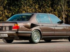 В Сети вспомнили о необычной BMW E32 с двигателем V16