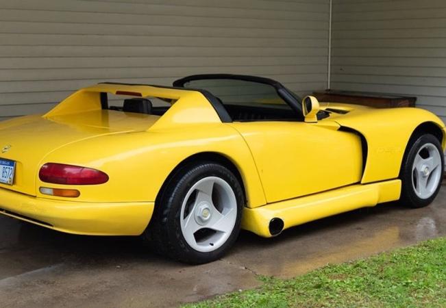 Chevrolet Corvette C4 под Dodge Viper