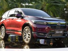 Honda Breeze оказался популярнее Mitsubishi Outlander