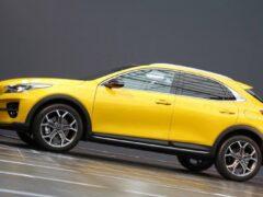 Kia вывела на рынок гибридные Ceed Sportswagon и XCeed